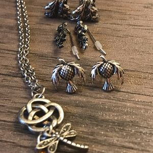 torrid Jewelry - Outlander Jewelry necklace and earrings- 3 pair